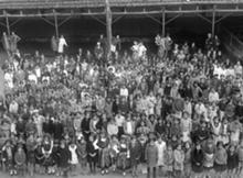Alunas e professoras na Escola Prim�ria de Santa Luzia, d�cada de 1920
