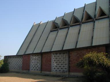 Francisco Castro Rodrigues . Catedral de Sumbe