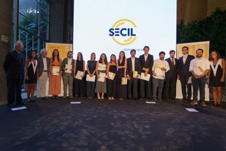 Dr Mário Valadas, José Manuel Pedreirinho e todos os premiados com o Prémio Secil Universidades Arquitectura 2013 e 2014